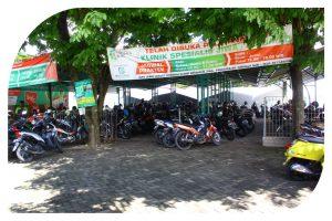 Area Parkir Motor